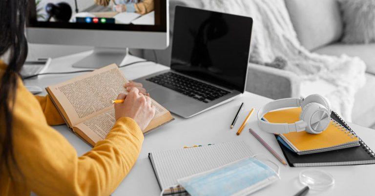 Taking CELTA online using laptop